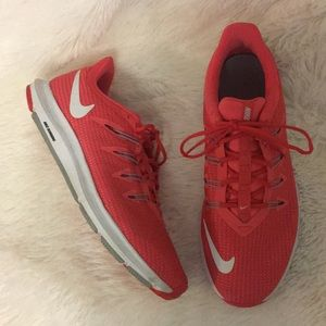 Nike Quest Running Shoes in Ember Glow
